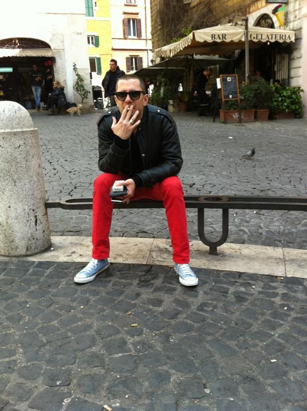 Crouching Tiger, Smoking Pants... In Monti